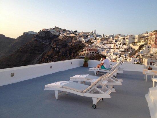 Archontiko Santorini: Terasse