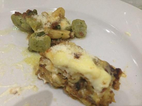 Walter's: gnocchi formaggio e salsiccia, lasagna alla bolognese