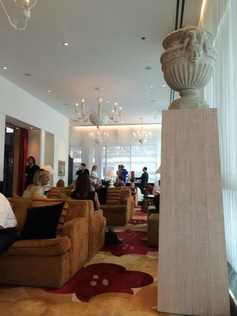 Kimpton Hotel Palomar Chicago: lobby