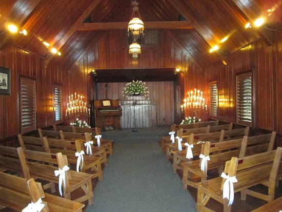 Little Church of the West: Beautiful candle-lit interior.
