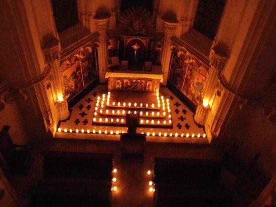 Domaine de Chaumont-sur-Loire : La chapelle éclairée à la bougie