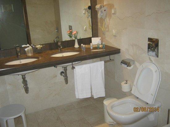 Hipotels Sherry Park: Ванная комната