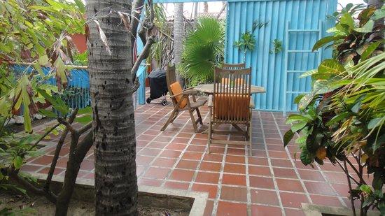 Boardwalk Hotel Aruba : outdoor space