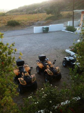 Faliraki Vista Studios: Parcheggio