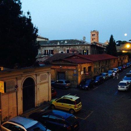 WRH Trastevere: La vista desde la habitación nro 2, una belleza...