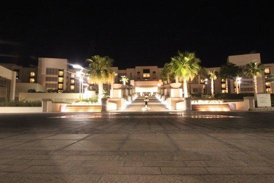 Park Hyatt Abu Dhabi Hotel & Villas: Main Entrance