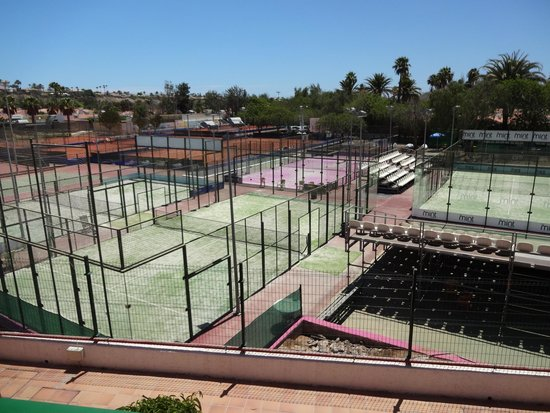 Club Vistaflor: Tennis courts