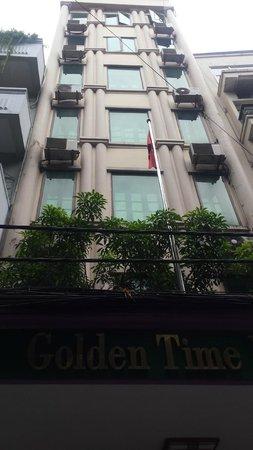 Golden Time Hostel 2: Hotel front