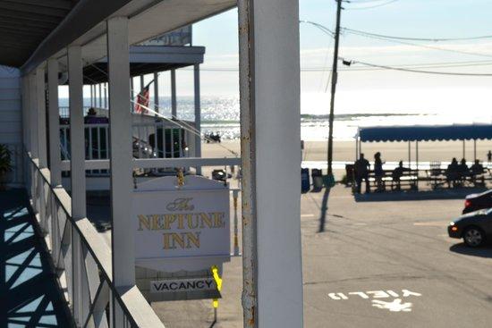 The Neptune Inn: beach