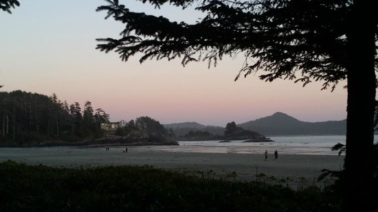 Chesterman Beach Bed and Breakfast : sunset on Chesterman Beach