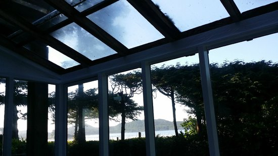 Chesterman Beach Bed and Breakfast : view from solariam in Ocean Breeze