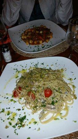 OSTERIA DELLE GRAZIE: spaghetti alle sarde e gnocchetti al granchio!!