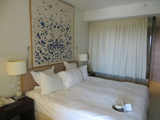 Hilton Vilamoura As Cascatas Golf Resort & Spa: Room