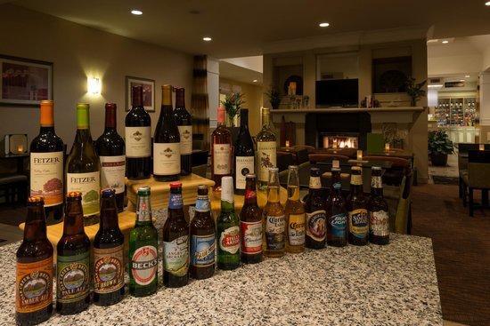 Hilton Garden Inn Flagstaff: Garden Beer & Wine Bar selection