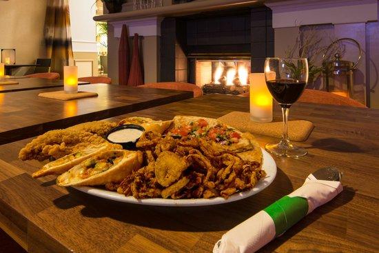 Hilton Garden Inn Flagstaff: Garden Grille & Bar appetizer plate