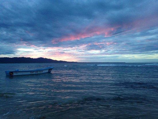 Puerto Pirata Deli: Sunset view