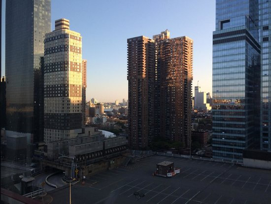 Distrikt Hotel New York City: Lovely view from our 18th floor room