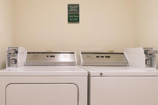 Hilton Garden Inn Flagstaff: Guest Laundry