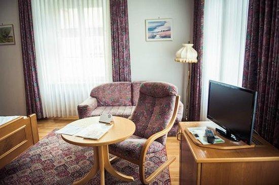 Hotel zum Schiff: The room