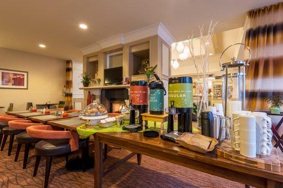 Hilton Garden Inn Flagstaff: Complimentary Coffee & Tea