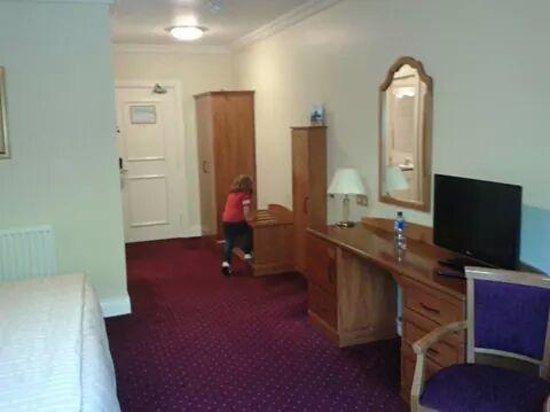 Carrickdale Hotel: Family room