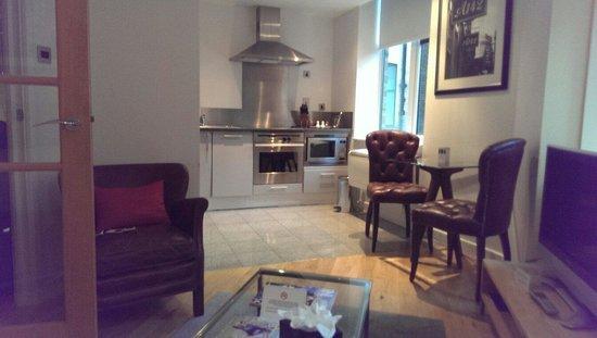 196 Bishopsgate: Nice kitchen area