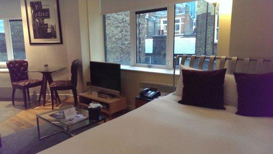 196 Bishopsgate: Comfortable