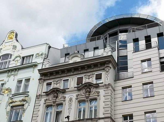 Avantgarde Prague Tours : Arnt déco et moderne