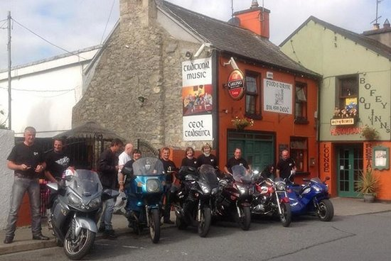 Bofey Quinns Bar & Restaraunt: great memories