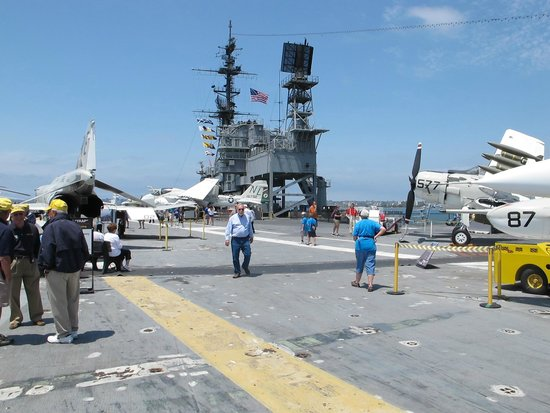 USS Midway Museum: The flight deck