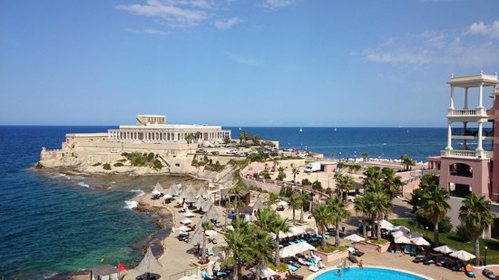 The Westin Dragonara Resort, Malta: The view of the sea and the casino