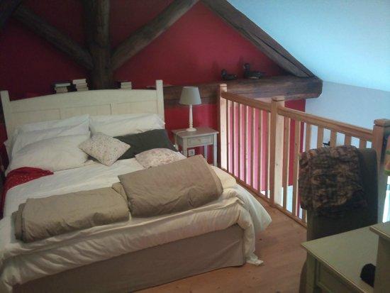 Les Communs du Manoir : Open Sleeping Area - Mezzanine