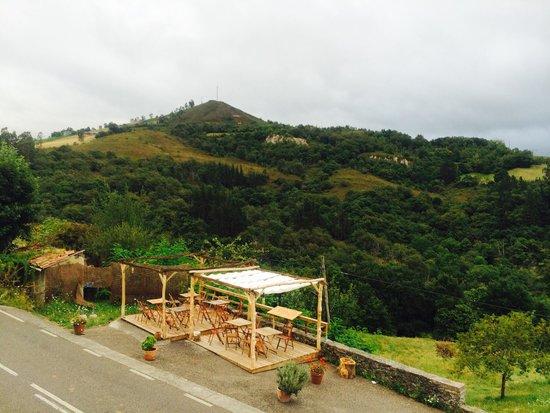 Hotel Rural Montañas de Covadonga: Vista desde la habitación