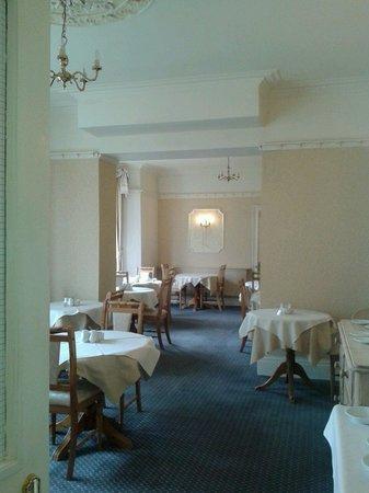 Lynton House dining room.