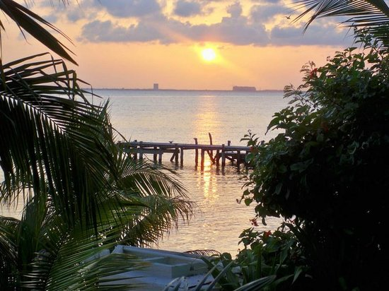 Maria's kan-kin: Our sunset view