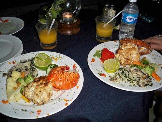 Maria's Kan-Kin: Lobster dinner