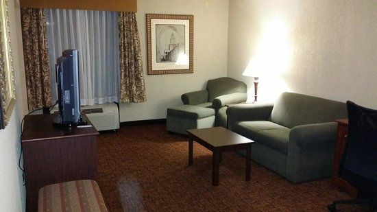 Hampton Inn Baltimore - Washington International Airport: From door