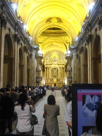 Catedral Metropolitana: Catedral vista de frente.