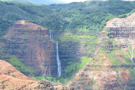 Waimea Canyon : outlook