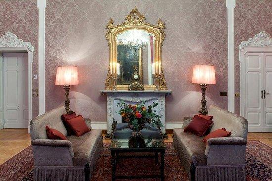Grand Hotel et de Milan : Verdi Fireplace
