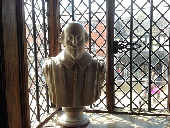 Shakespeare's Birthplace: W. Shakespeare