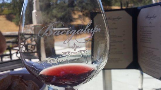 Bacigalupi Vineyards: Tasty Pinot
