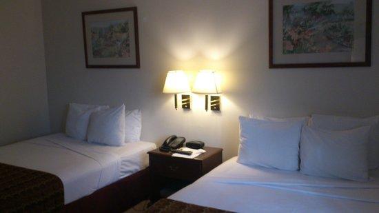 Continental Hotel & Casino: Habitación 1