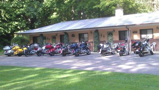 Rolling Brook Inn : Miller Group