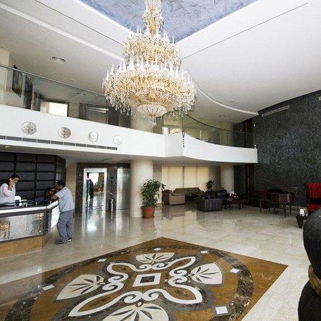 hollywood hills hotel los angeles californie voir les tarifs et 12 avis. Black Bedroom Furniture Sets. Home Design Ideas