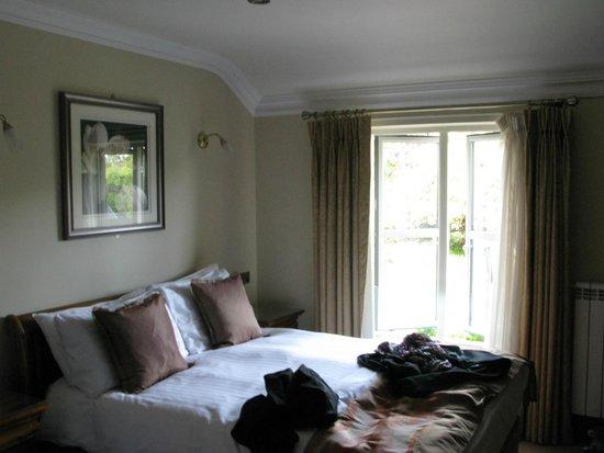 Larkinley Lodge: Unser Zimmer mit einem der beiden Betten