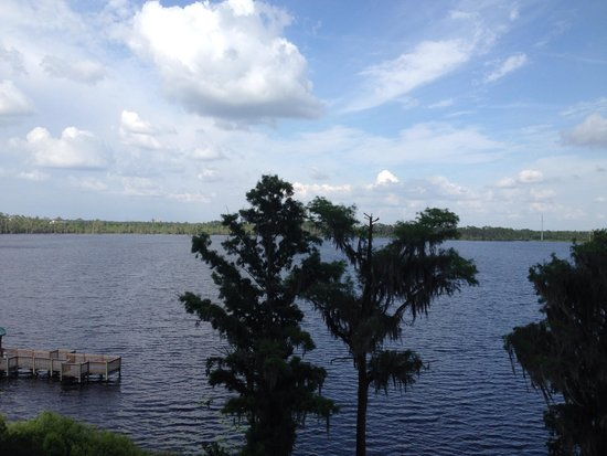 Blue Heron Beach Resort: Vista Lago