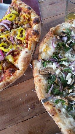 Dough Trader Pizza Company : Most delicious pie!