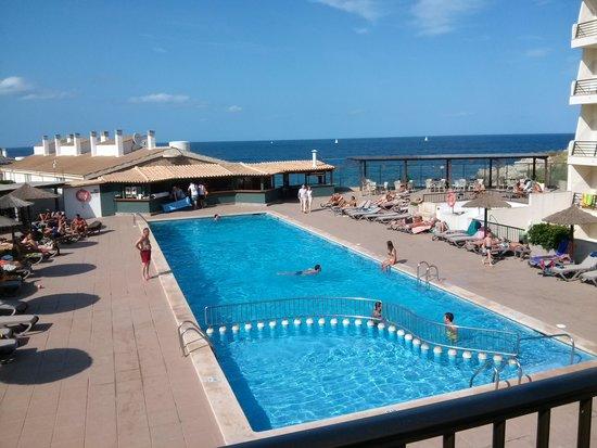 Hotel Lux de Mar: La piscina. Sempre pulitissima