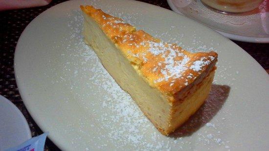 Cesare's At The Beach: Original Italian cheesecake
